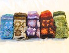 W 052 Handwarmers wool knitted crocheted flowers