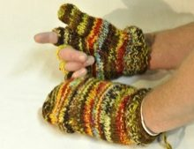 W 055 Knitted Wool Flip Top Mittens colours
